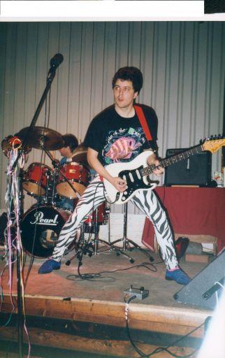 bad-guitarist1