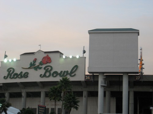 Claw in Rose Bowl