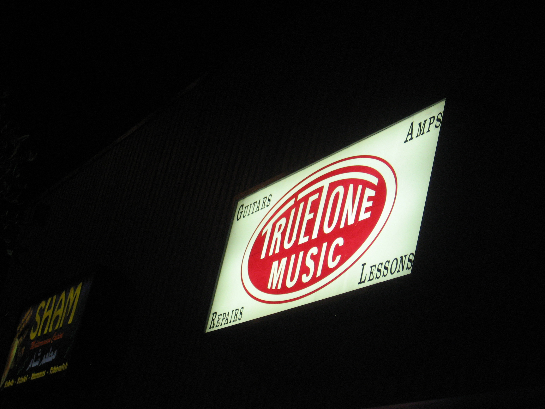 True Tone Music
